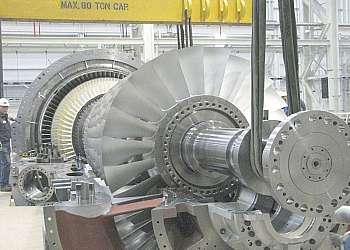 Conserto de turbina a vapor