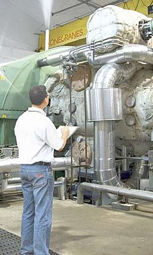Manutenção em turbo gerador